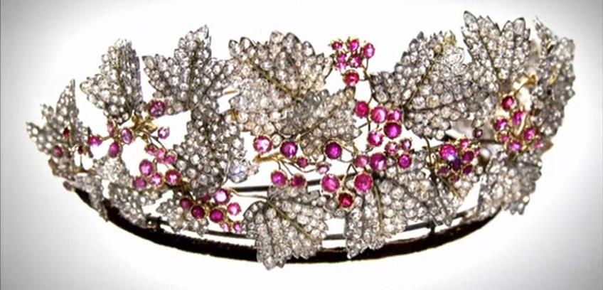 تيجان ملكية  امبراطورية فاخرة The-royal-jewels-josefina