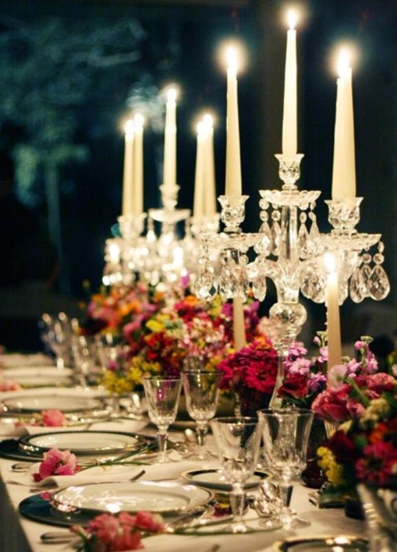 結婚披露宴のセンターピースの装飾