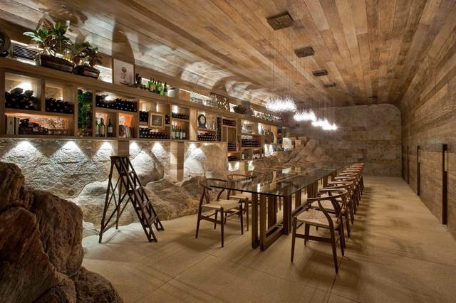 Eduarda Correa Arquitetura & Interiores, Wine Cellar underground, Nova Lima, MG, BR 34000-000 Brazil