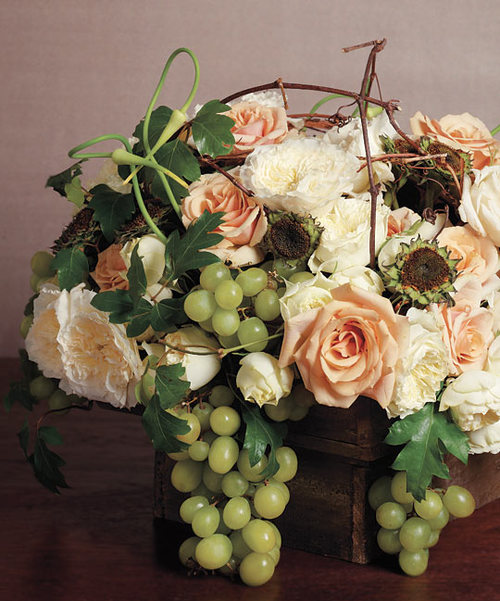Wedding centerpiece grapes roses