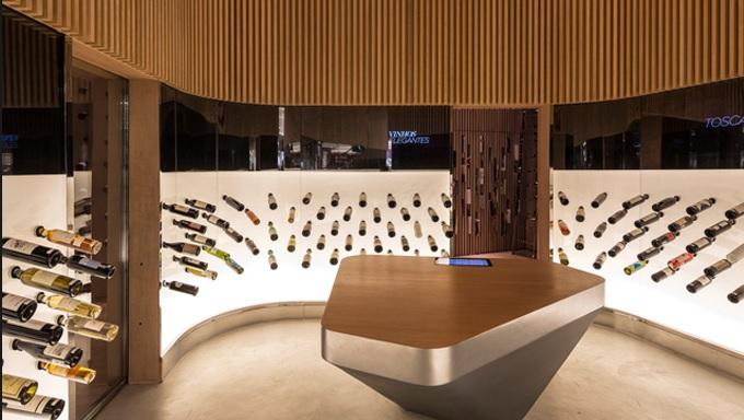 Mistral Wine by Arthur Casas