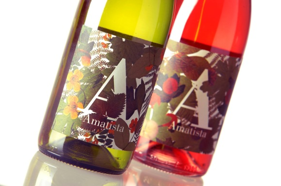 Amatista wine label design