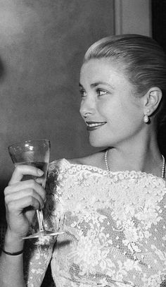 Grace Kelly Cannes Film Festival 1955.jpg