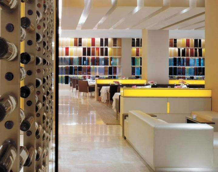 Vetro Wine Bar at the Oberoi Mumbai by Virgile & Stone